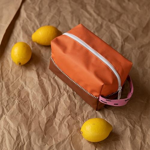 Toilettas sprinkles Carrot orange | syrup brown | bubbly pink - Sticky Lemon
