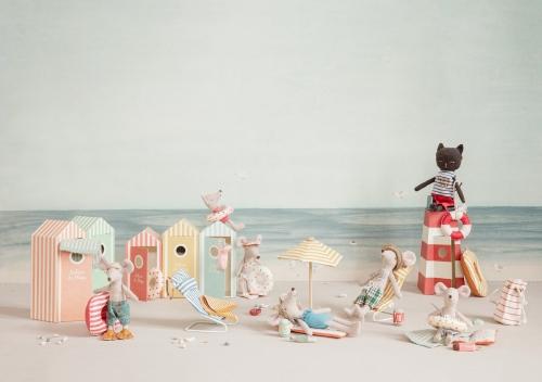 Strandmuisjes - Kleine zus in strandcabine - Maileg